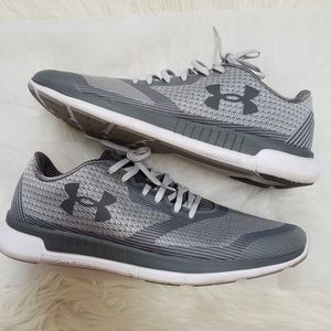 🆕️🍂Under Armour Charged Lightning Runners